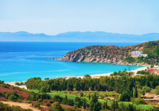 Spring break to fabulous Sardinia! 7 nights at sea view apartment + flights from Brussels for just €142!