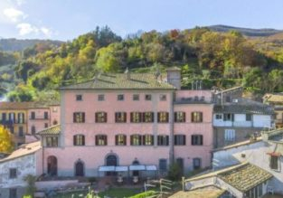 Studio in top-rated palace hotel in the Italian countryside for only €10 / $12 per person!