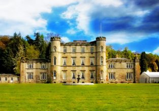 B&B stay at fabuluos 4* Melville Castle in Scotland for only €35.5/ £31 per person!