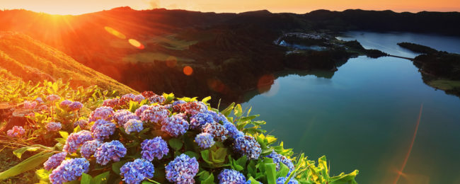 Cheap! Late summer flights from Lisbon to Azores from only €22!
