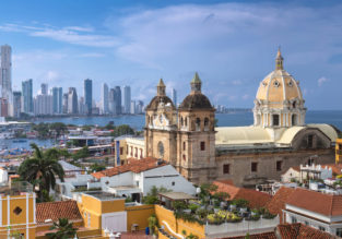 Cheap flights from Toronto to Cartagena, Colombia for only $269/ C$353!