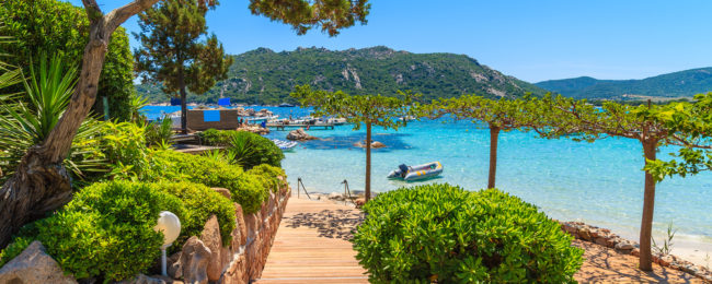 Cheap flights from Brussels to Corsica for only €31!