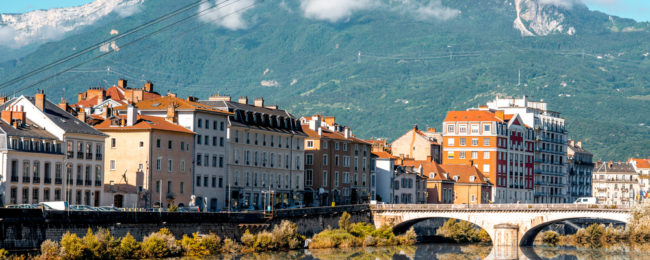 City break in lovely Grenoble, French Alps! 4 nights in central hotel + cheap flights from London for £110!