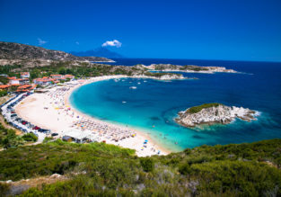 MAY! 7 nights at well-rated resort in Halkidiki peninsula + cheap flights from London from just £137!