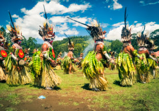 EXOTIC! Papua New Guinea and the Philippines in one trip from London for £544!