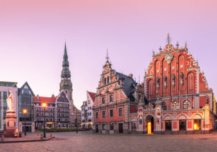 Peak summer! Double room at top rated 4* Europa Royale Riga for only €38! (€19/ £17 per person)