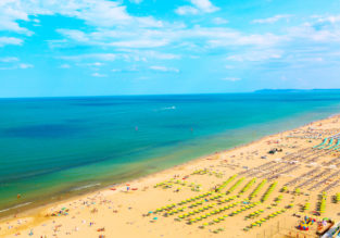 HOT! 7-night B&B stay in well-rated beach hotel in Rimini + flights from London for £73!