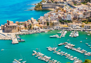 Spring break in Sicily! 3 nights at well-rated apartment with pool+ flights from Frankfurt Hahn for only €82!