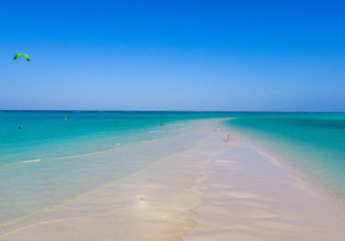 Coral Reef Beach Resort in stunning Zanzibar for only €26! (€13 /£11 per person)