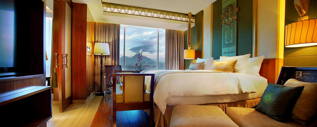 SUMMER! Double room at luxurious 5* Grand Aston Yogyakarta from only €18/ £15 per person!