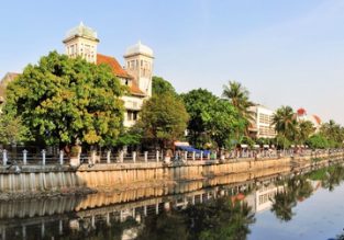 Cheap flights from Germany to Jakarta, Indonesia from only €393!