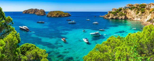 JUNE! 7-night stay at beachfront aparthotel in Mallorca + flights from Bristol for £127!