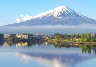 Cheap flights from Indonesia to Tokyo or Osaka, Japan from only $258!