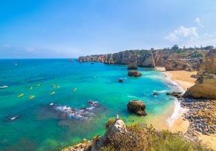Spring break in Algarve! 7 nights at well-rated aparthotel + cheap flights from the Netherlands for only €99!