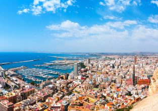 June! 7-night stay at beachfront apartment in Costa Blanca + flights from London for just £116!