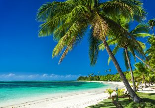 PEAK SEASON! Direct flights from New York to Saint Maarten for $288!
