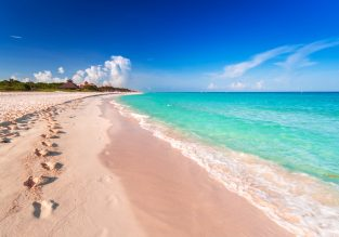June! 8 nights at well-rated hotel in Playa del Carmen + cheap flights from New York for $318!