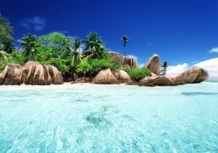 Exotic beach holiday! 7 nights in top-rated ocean view apartment in Seychelles + flights from Switzerland for €611!