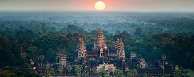 Weekend trip to Angkor Wat! 3-night stay in top-rated 4* hotel in Siem Reap + flights from Bangkok for $90!