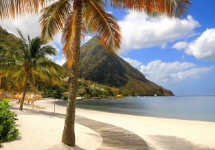 Cheap flights from London to exotic St. Lucia from only £296!