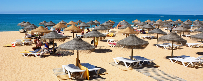 Peak Summer! 7-night stay in well-rated aparthotel in Algarve + flights from UK from £139!