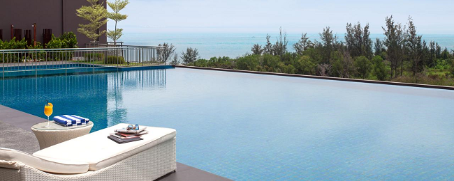 PEAK SEASON! Luxurious 5* Pullman Miri Waterfront in Borneo for only €38! (€19/ £17 per person)