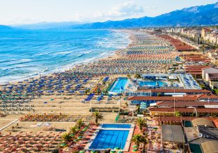 Summer week in the Tuscany Riviera! 7 nights at well-rated apartment + cheap flights from German airports from just €120!