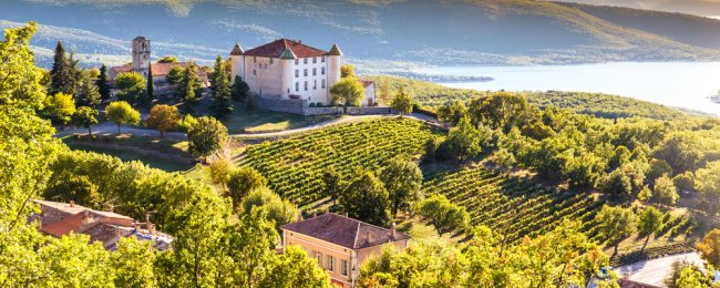 Spring break in Provence, France! 4 nights at very well-rated resort + cheap flights from Germany for just €95!