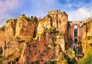 Top rated 4* hotel in picturesque Ronda, Spain for only €17.5/ £15 pp!