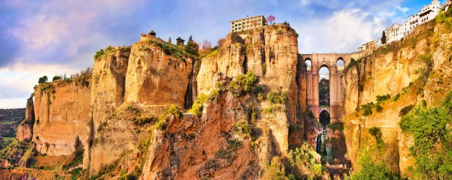 Top rated 4* hotel in picturesque Ronda, Spain for only €33! (€16.5/ £15 pp)