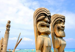 Cheap summer flights from California to Kona and Lihue, Hawaii for just $333!