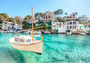 May week on Mallorca! 7 nights at beachfront aparthotel + cheap flights from Vienna for just €124!