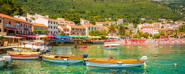 7-night stay in top-rated & sea view apartment in Montenegro + cheap flights from Germany for only €89!