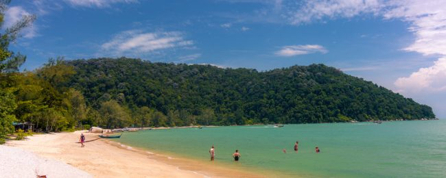 Cheap full-service flights from Jakarta to Penang, Malaysia for only $66!