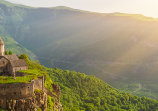 Spring! Cheap flights from Germany to Armenia from only €49!