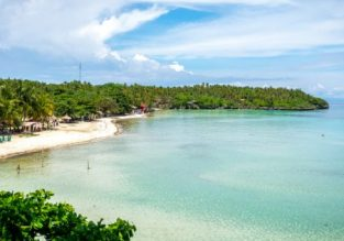 Exotic getaway! 12 nights in top-rated beachfront bungalow in Pacijan Island, Philippines + flights from Frankfurt for €449!