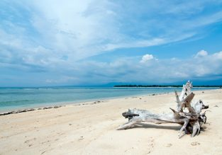 Indonesia beach holiday! Two weeks B&B stay in top-rated 4* cottages in Gili Islands + 5* Singapore Airlines flights from Zurich for €499!
