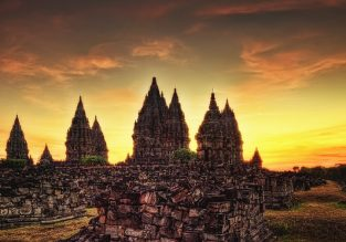 Peak Summer! 5* Sheraton Yogyakarta (near Prambanan & Borobudur temples) for only €49/night! (€24.5/ $27 pp)