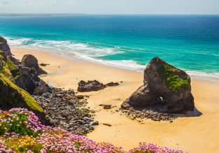 Visit Cornwall's favorite resort! Fly from Frankfurt Hahn to Newquay for €20!