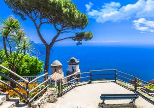 Late Summer! 7-night stay at well-rated apartment near the Amalfi coast + cheap flights from Berlin for just €137!