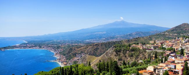 Springtime in Sicily! B&B stay at sea view 4* hotel & spa near Taormina for just €44/night! (€22/£20 pp)