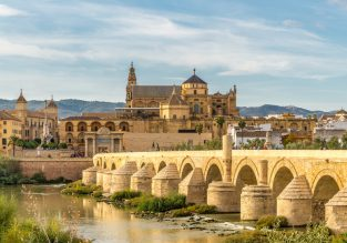 Peak summer! 4* Exe Ciudad de Cordoba in Spain for only €39/night! (€19.5/ $21 pp)