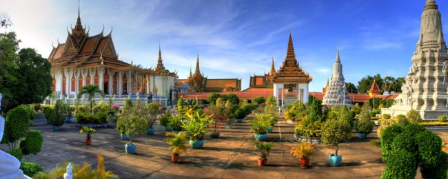 Cheap flights from Malaysia to Cambodia for only $67! (checked bag incl.)