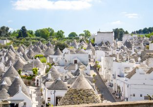 7-night stay at typical trullo apartment in Puglia, South Italy + car hire & cheap flights from Romania for just €123!