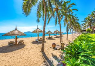 Beach holiday in Vietnam! 10-night B&B stay at beachfront hotel in Nha Trang + flights from Rome for €419!