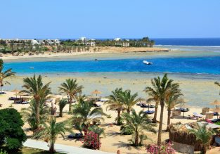 All-inclusive! 7-night stay in 4* beach resort in Egypt's Red Sea coast + direct flights from Italy for €172!