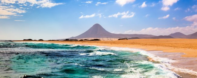 July! 7-night stay at top rated 4* resort on Fuerteventura + flights from Birmingham for only £185!