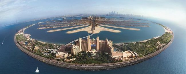 Late Summer! King room with ocean view + free water park access at the world famous 5* Atlantis The Palm in Dubai from €188! (€94 / £84 per person)