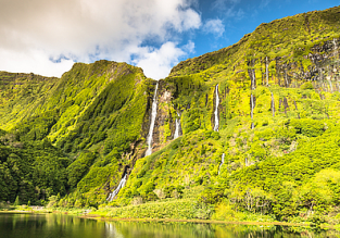 Cheap flights from Lisbon to Flores, Azores from only €46!