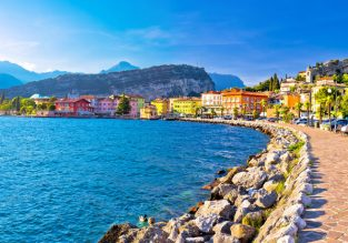 Break in Garda Lake! 5-night stay at well-rated and lakeview resort + flights from London for just £102!